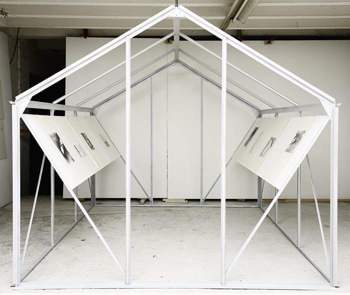 Ève Pietruschi A l'ombre de la serre, le théâtre d'ombres peut commencer, 2012 structure, serre, dessins mine de plomb sur papier 2,08 x 2,80 m (x2) photo François Fernandez