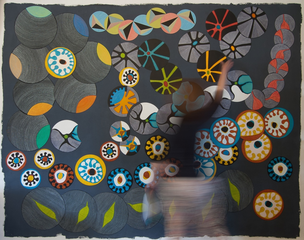 Elizabeth Foyé : Laps, 2016, installation interactive, dimensions variables, peinture sur supports magnétiques (photo Nicolas Foyé)
