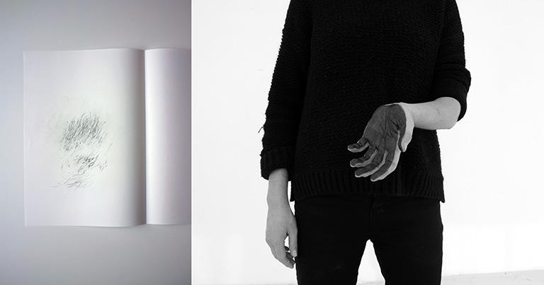 Marianne Mispelaëre, No Man's Land, dessin et photographie, 2014 – 2016 ; Stylo bille sur papier non-couché 110 gr, 29,7 x 42 cm ; Photographie, série de 4, impression offset dos bleu, 120 x 80 cm