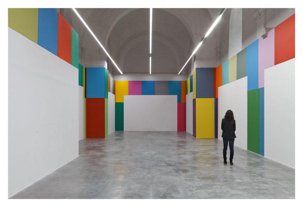 Vista dell'esposizione L'espace du vide (Lo spazio vuoto), Christophe Cuzin, 2014 – Fotografia: Eric Tabuchi