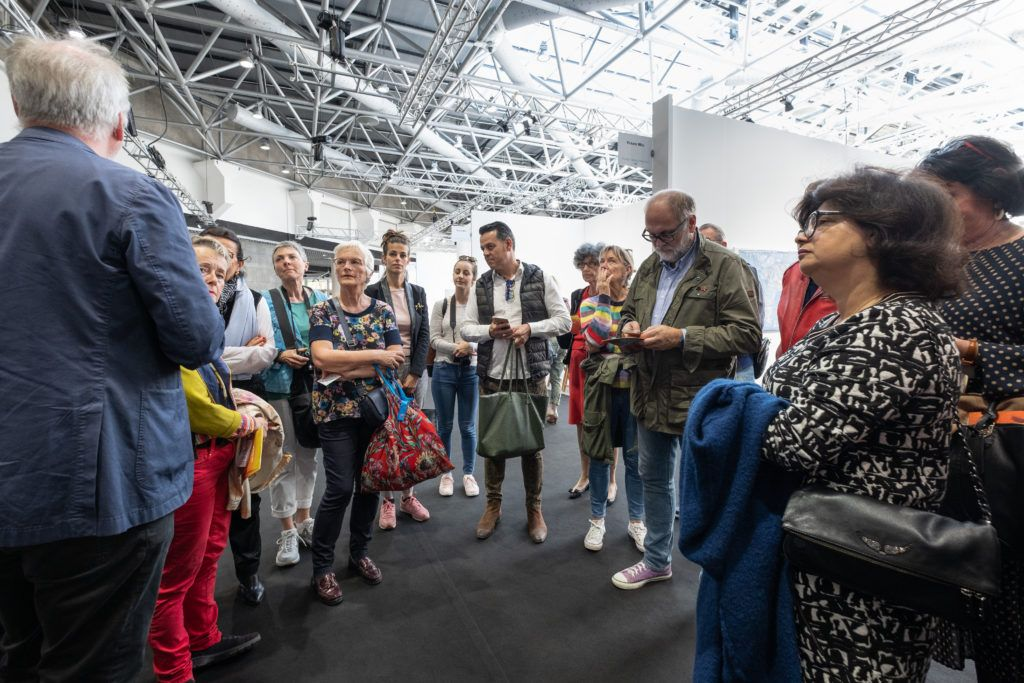 Visite du salon artmonte-carlo avec Martin Guesnet, directeur Europe d'Artcurial, président du réseau BOTOX(S). © Philippe Pallanti