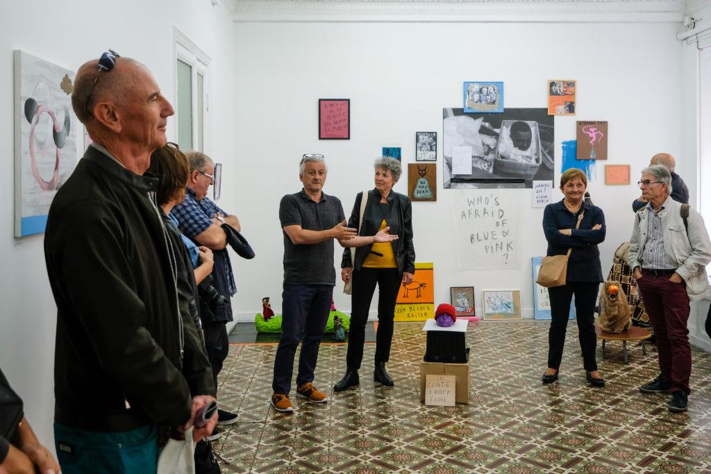 Visite de l'exposition « TOI MEME! » d' Arnaud Labelle-Rojoux et Thierry Lagalla à l' Espace A Vendre, par Thierry Lagalla et Nicolas Vaquier © Philippe Pallanti