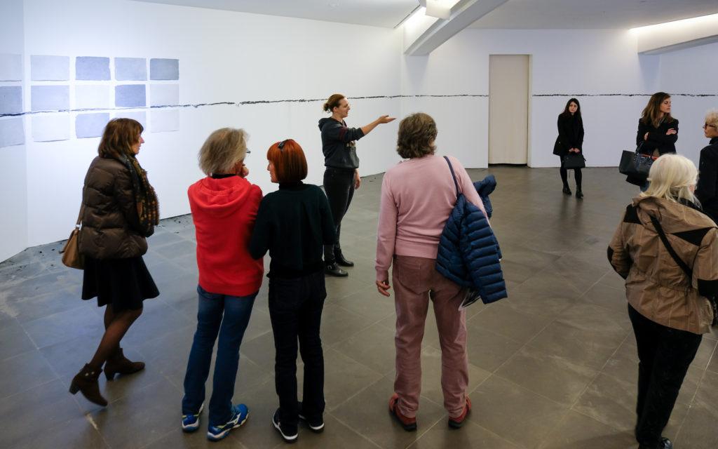 Visite de l'exposition « Bruit originaire » de Charlotte Pringuey-Cessac au Musée d'art moderne et d'art contemporain de Nice, par Alix Doyen © Evelyne Creusot
