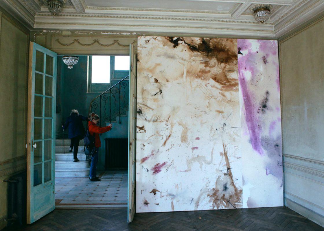 Exposition Rouge Violet et Noir de Quentin Derouet © Julien Mc Laughlin