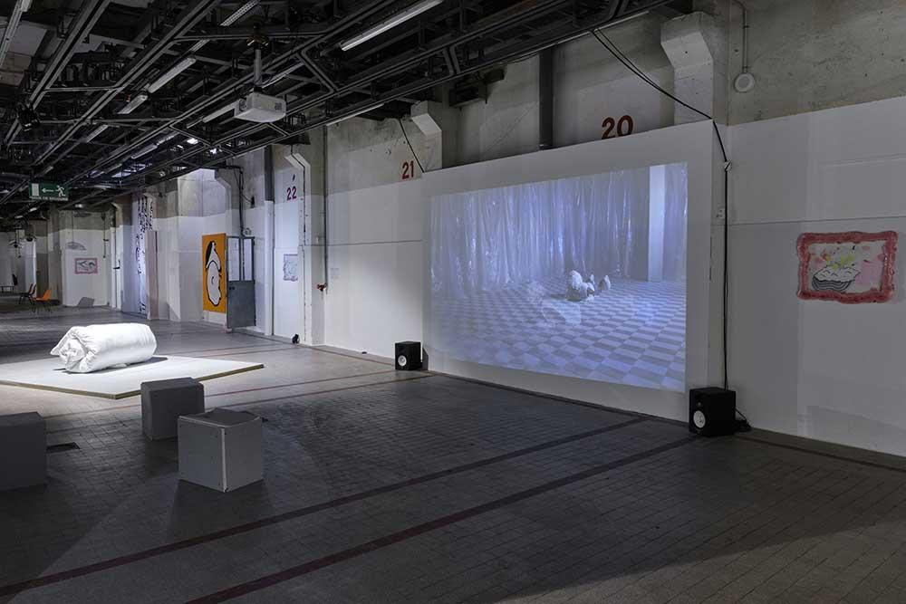 • Pauline Brun, vue d'exposition - POUTRE, 2020 - Rouler, 2020 - Dessin, 2020 © Luc Bertrand