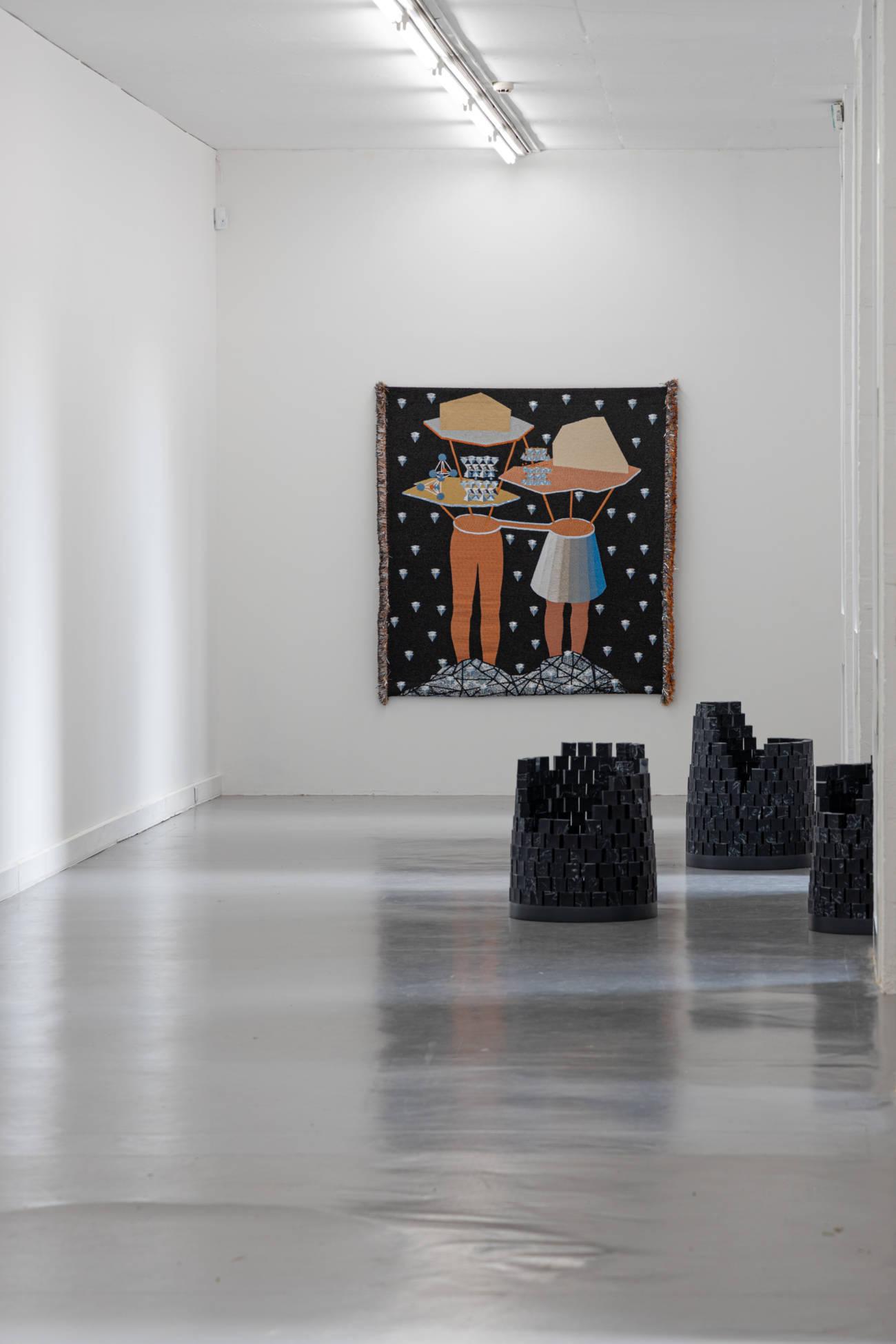 """Exposition """"When looking across the sea, do you dream ?"""" d'Otobong Nkanga à la Villa Arson © Evelyne Creusot"""
